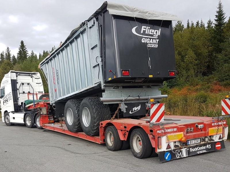 Bilde 5 - Hatterud maskin - transport